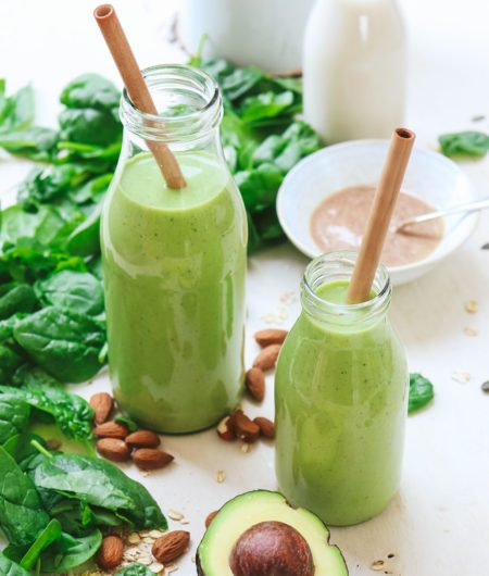 BREAKFAST-Almond-Green-Smoothie